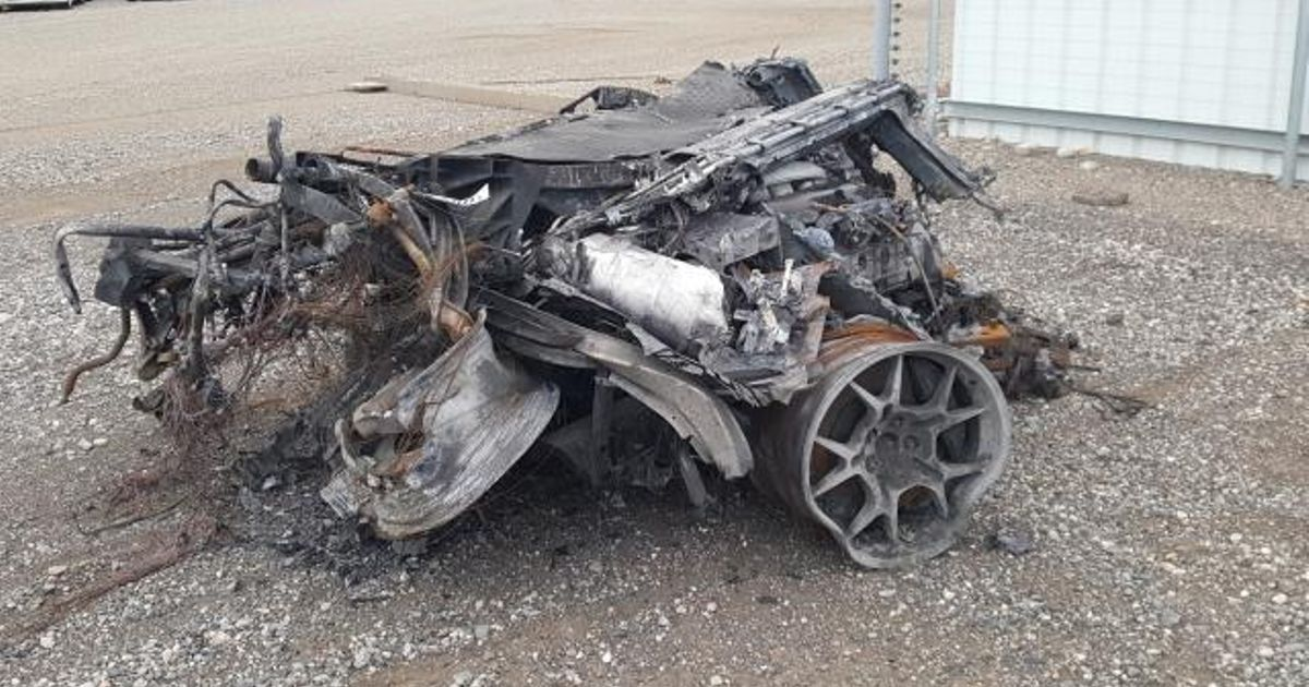 One 2005 Ford GT For Sale, Requires TLC