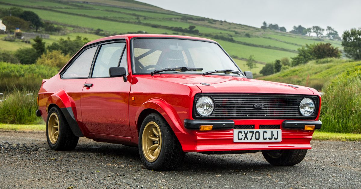 What It's Like To Drive A Brand New Mk2 'Ford Escort'